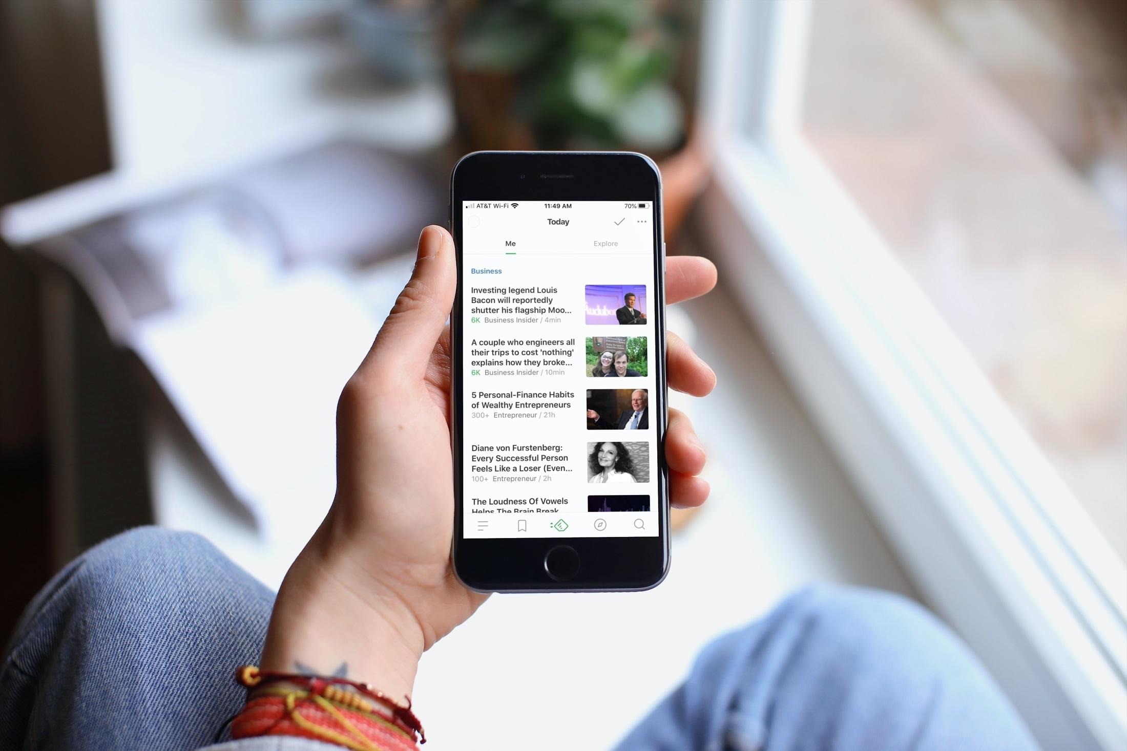 Melhores leitores de RSS para iPhone - Feedly