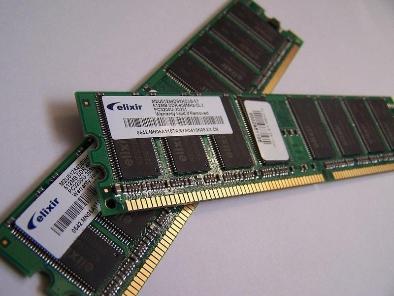 Impressão de unidades de memória RAM