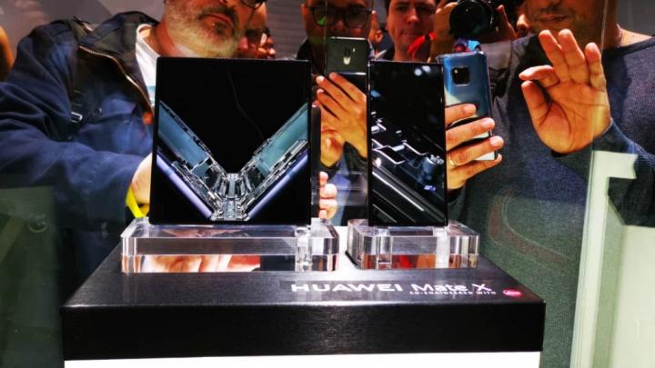 Depois da Samsung, Huawei revela quantos smartphones dobráveis Mate X já vendeu 1