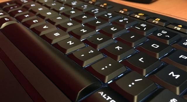 Mostramos as etapas a seguir para limpar o teclado do computador 5