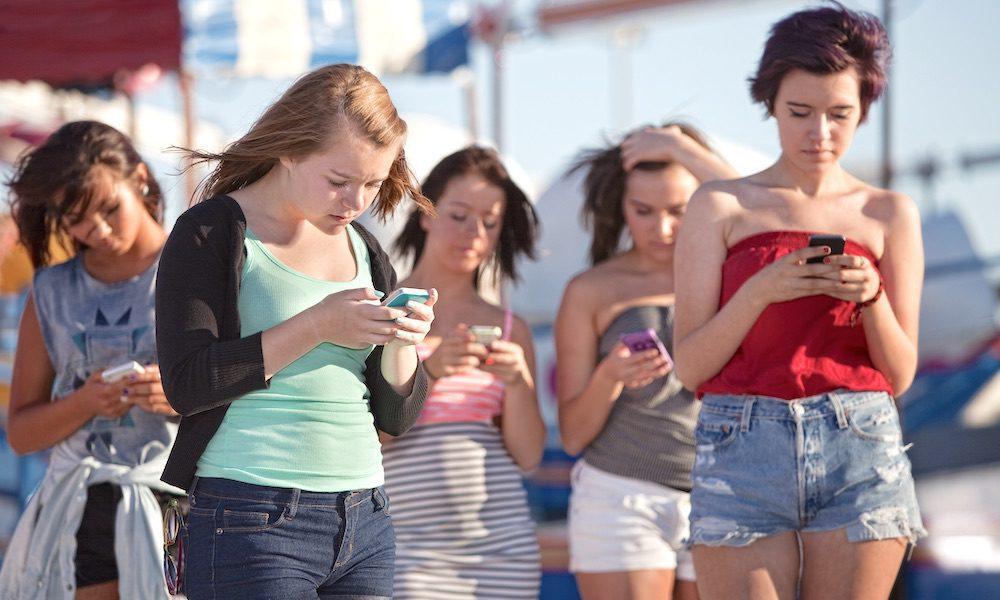 Político de Vermont propõe proibir celulares de menores de 21 anos 1