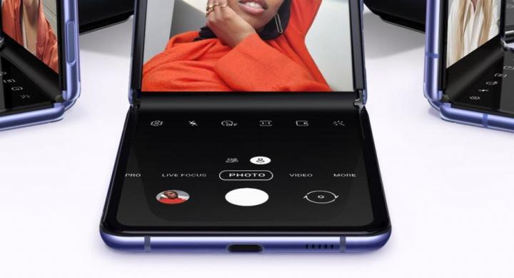Samsung Galaxy Z Flip! O primeiro com vidro dobrável por 1529,90€ 2