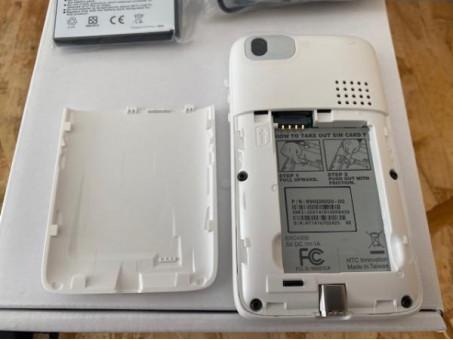 Protótipo do primeiro smartphone Android colocado à venda no Ebay 1