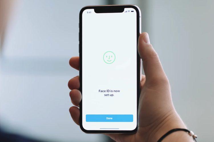 Como fazer o Face ID funcionar no iPhone usando uma máscara médica