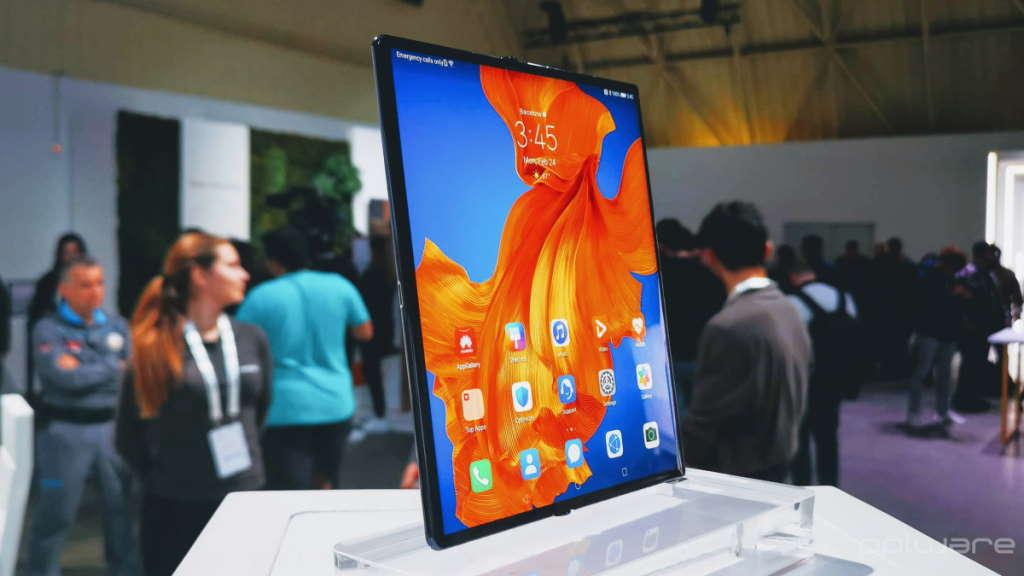 Mate Xs Huawei esgotou dobrável China
