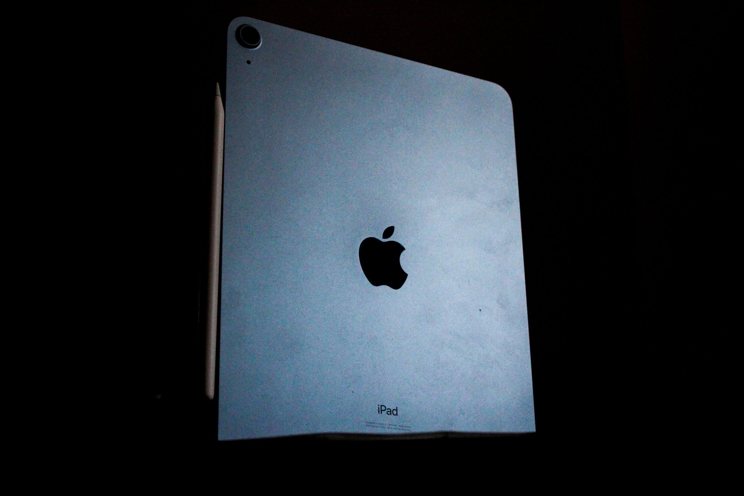 Entrada: carregamento sem fio do iPad Pro, iPad mais fino, iPad mini redesenhado 1