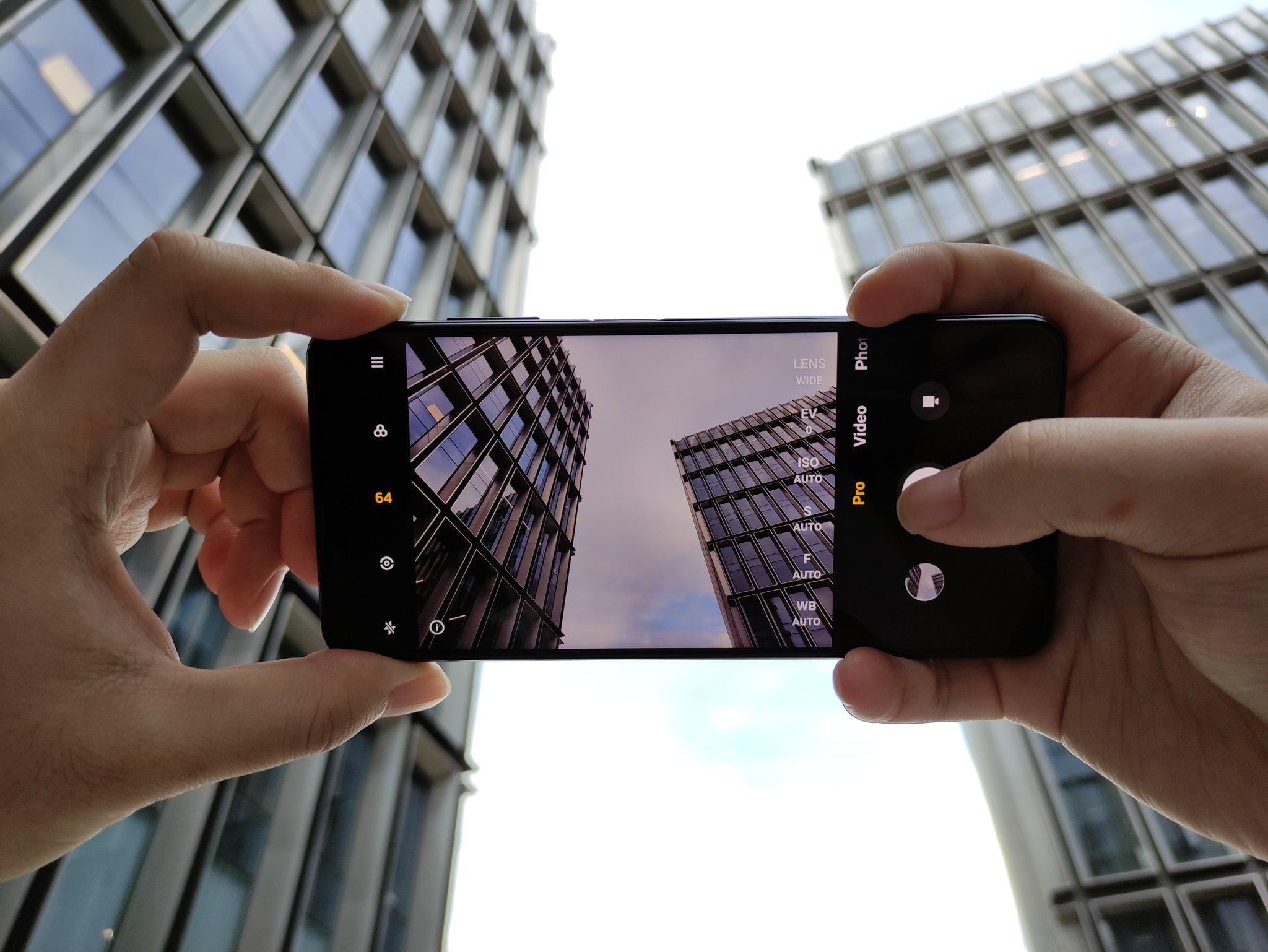 O POCO X3 contará com uma câmera primária de 64MP;  amostras reveladas 1